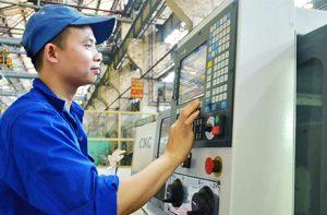Cao Hùng:Tuyển 10 nam thao tác máy CNC NM Phú Duy, đang nhận form