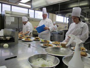 Đài Nam:Tuyển 8 nam7 nữ làm thực phẩm NM Giai Tương, Đang tiếp nhận form